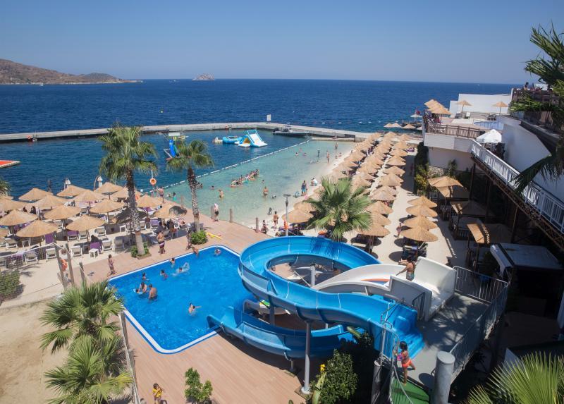 Marriott Delta Beach Resort / Marriott Delta Beach Resort
